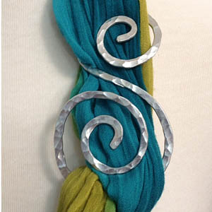 swirly scarf slide
